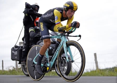 Roglic tightens Vuelta grip, Fuglsang triumphs in stage 16