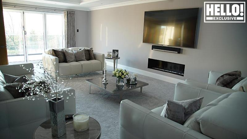 strictly james ola jordan house living room z