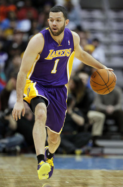 Jordan Farmar's staying in L.A., but switching sides of the rivalry. (Isaiah J. Downing-USA TODAY Sports)
