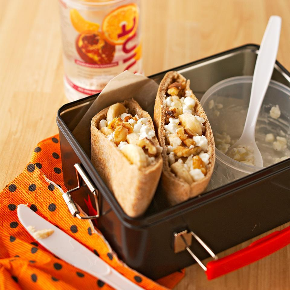 <p>Stuffing a whole wheat pita pocket with delicious, healthy ingredients is great way to make an on-the-go breakfast. Plus, these loaded pita pockets are sweet and savory with a tasty crunch!</p>