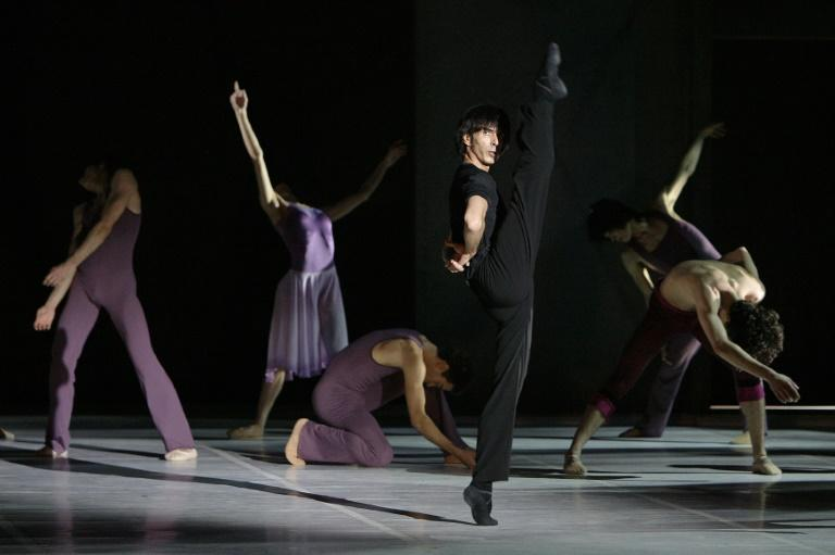 The latest allegations swirling around the troubled Berjart ballet company and school centre on choreographer Gil Roman