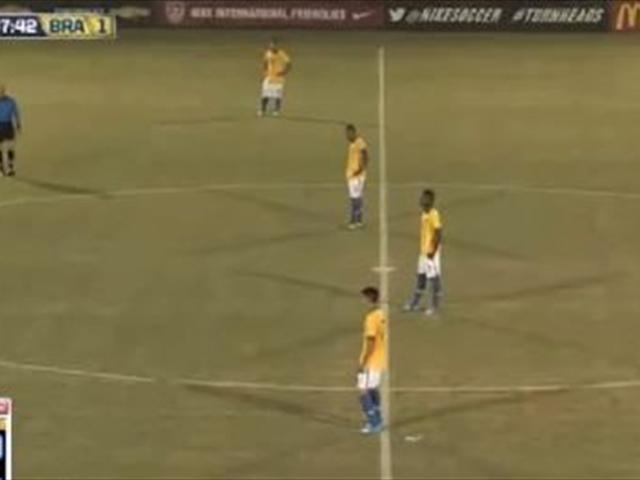 Brazil U-17 team protest referee decisions in loss to U.S. by refusing to play
