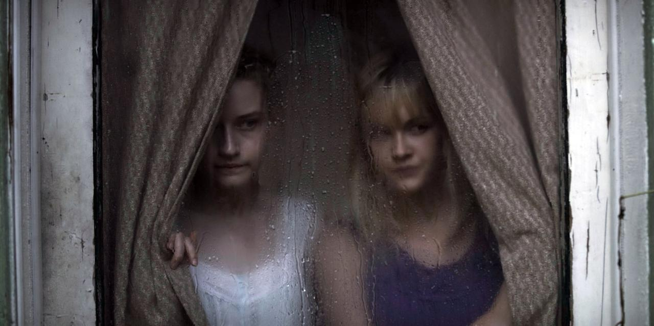 <p>In this 2013 horror flick, Garner plays Rose, a young woman whose mother dies unexpectedly and under curious circumstances, and whose father seems to be slowly unraveling following her death. </p>
