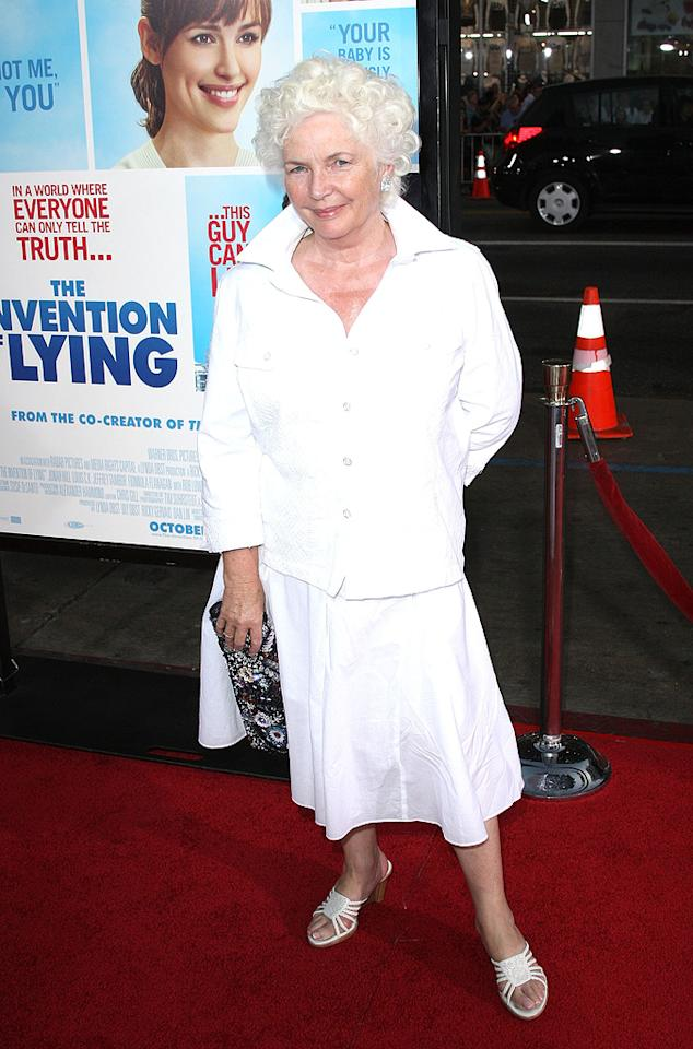 "<a href=""http://movies.yahoo.com/movie/contributor/1800019878"">Fionnula Flanagan</a> at the Los Angeles premiere of <a href=""http://movies.yahoo.com/movie/1810022054/info"">The Invention of Lying</a> - 09/21/2009"