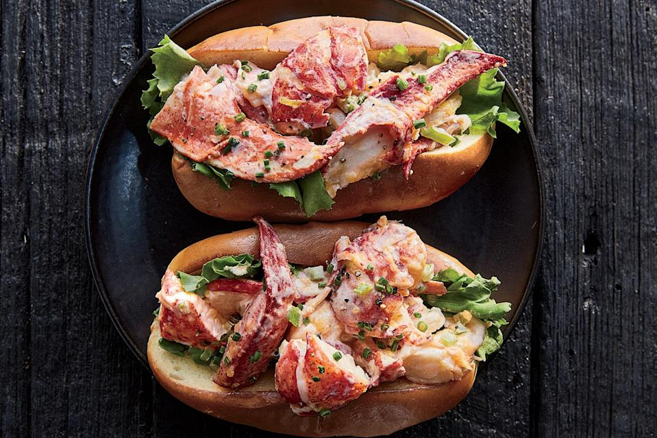 """A toasted bun and steamed lobster—tossed first in melted butter and then in a mayonnaise-based dressing—makes for a sandwich that no one will argue with. <a href=""""https://www.epicurious.com/recipes/food/views/best-of-both-worlds-lobster-roll?mbid=synd_yahoo_rss"""" rel=""""nofollow noopener"""" target=""""_blank"""" data-ylk=""""slk:See recipe."""" class=""""link rapid-noclick-resp"""">See recipe.</a>"""