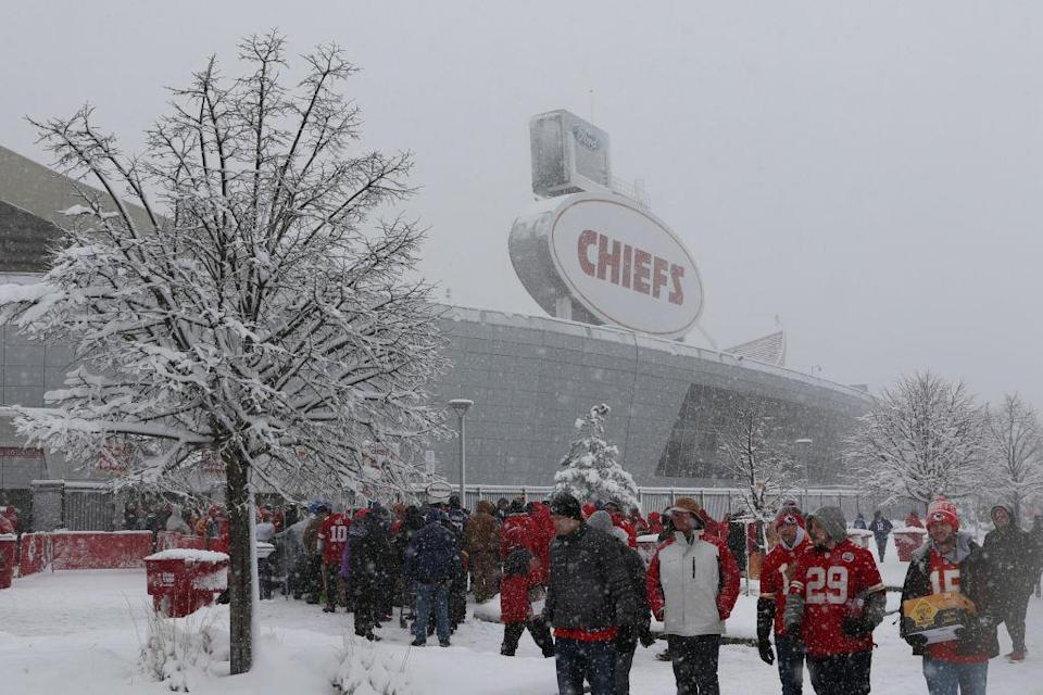 These kinds of conditions lead to snowball-throwing at Arrowhead Stadium during the Colts-Chiefs playoff game. (Getty)