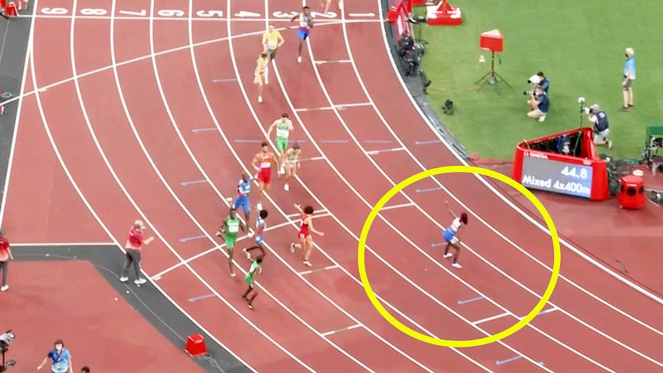 Lynna Irby, pictured here lining up way outside the exchange zone in the mixed 4x400m relay.