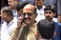 Member of Parliament and former general secretary of the Samajwadi Party, Amar Singh, passed away on August 1, this year. Singh, 64, was in Singapore undergoing treatment for a kidney ailment. <br>Singh, who had friends across the political spectrum, was also known for his friendship with Bollywood stars including Amitabh Bachchan. He, however, had a fallout with Bachchan after he was expelled from the party in 2010. <br>Earlier this year, Singh came out in support of Prime Minister Narendra Modi's fight against the coronavirus and had posted a short video on Twitter, appealing to his followers to help in the fight against the virus. <br><em><strong>Image credit:</strong></em> (Photo by Mohd Zakir/Hindustan Times via Getty Images)