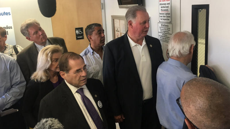 Democrats Visit Immigrant Detention Center On Father's Day To Protest Family Separations