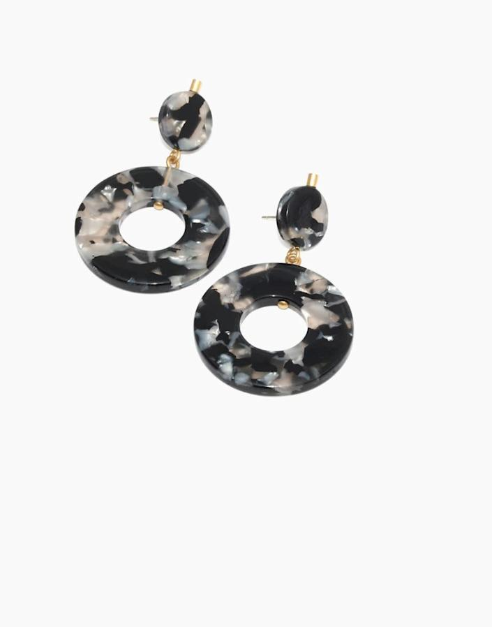 """<strong><a href=""""https://www.madewell.com/circle-statement-earrings-K6681.html"""" rel=""""nofollow noopener"""" target=""""_blank"""" data-ylk=""""slk:Get the circle statement earrings for $29.50"""" class=""""link rapid-noclick-resp"""">Get the circle statement earrings for $29.50</a></strong>"""