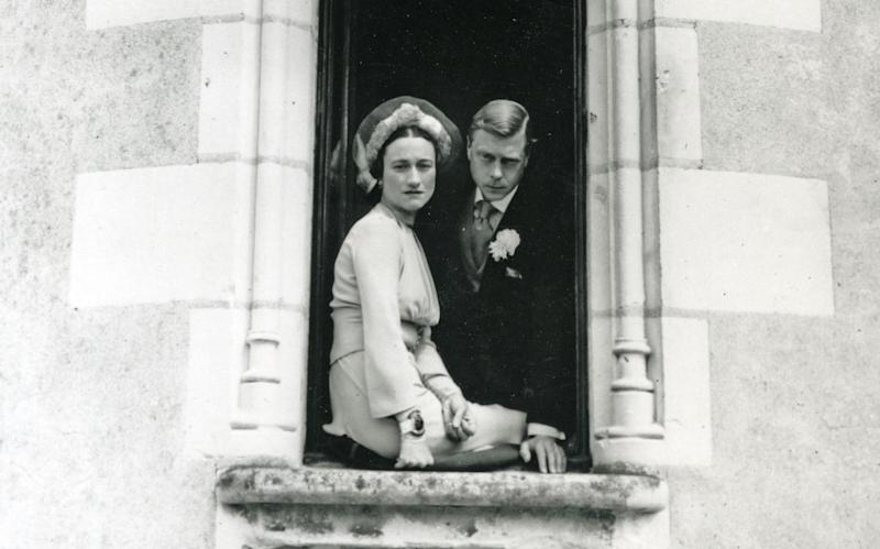 The Duke and Duchess of Windsor on their wedding day in 1937 after the Abdication - https://www.alamy.com