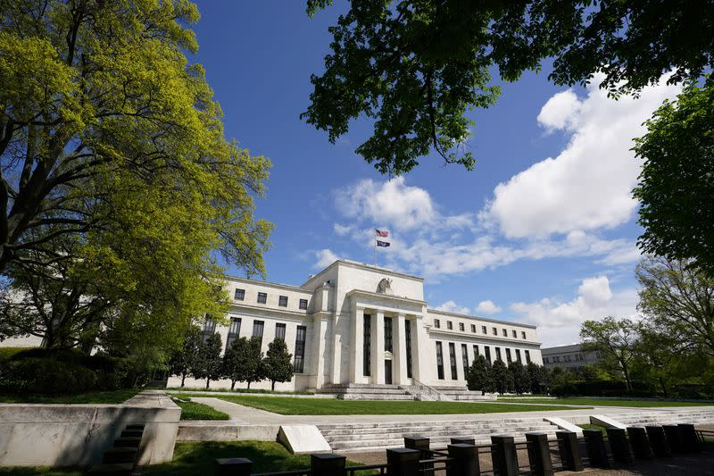 Fed policymakers see slow, uneven U.S. recovery after coronavirus downturn