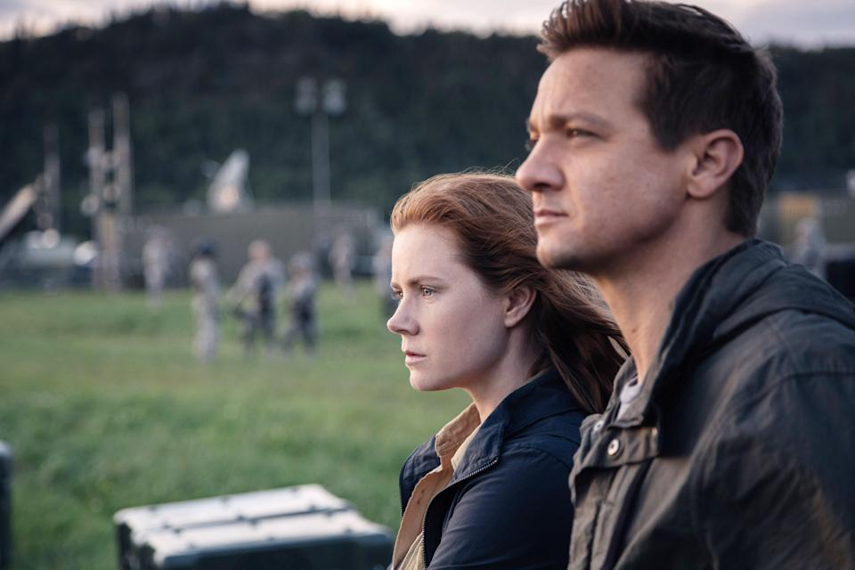 "<h1 class=""title"">ARRIVAL, from left: Amy Adams, Jeremy Renner, 2016. ph: Jan Thijs /© Paramount Pictures /Courtesy</h1> <cite class=""credit"">Everett Collection</cite>"