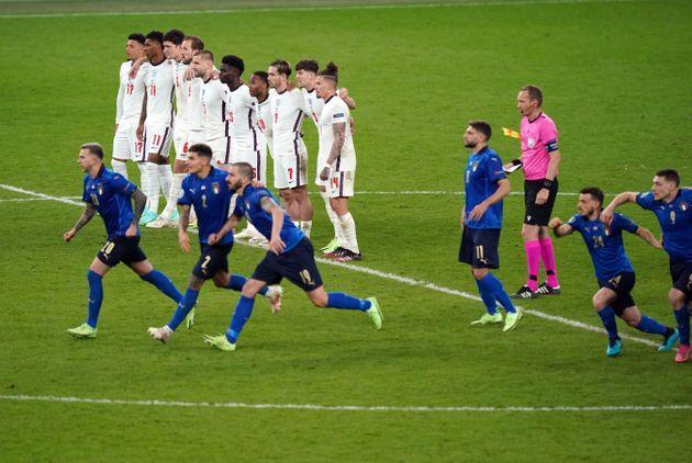 England players look on during the shoot out following the UEFA Euro 2020 Final at Wembley Stadium, London. Picture date: Sunday July 11, 2021. (Photo by Mike Egerton/PA Images via Getty Images) (Photo: Mike Egerton - PA Images via Getty Images)