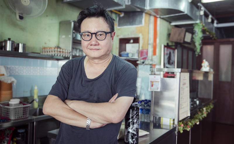 """Eric Khoo helms HBO Asia anthology series """"Food Lore"""" and also directs one of its eight episodes, """"Tamarind """". (Photo: HBO)"""