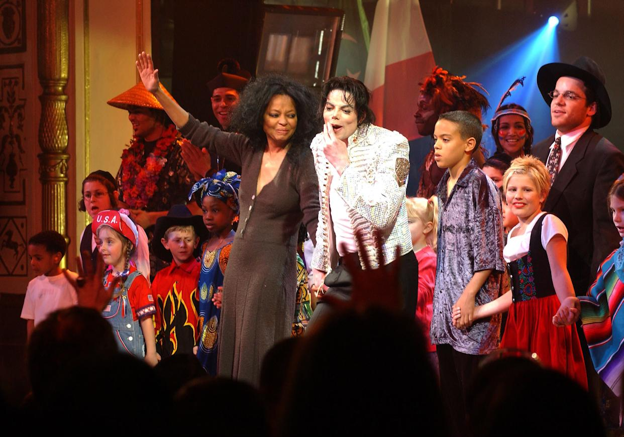 Diana Ross and Michael Jackson perform at a charity benefit. (Photo: New York Daily News Archive via Getty Images)