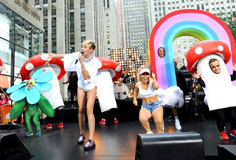 """Miley Cyrus Calls Sinead O'Connor """"Incredible,"""" Is """"Not Too Worried"""" About Backlash: Today Show Interview"""
