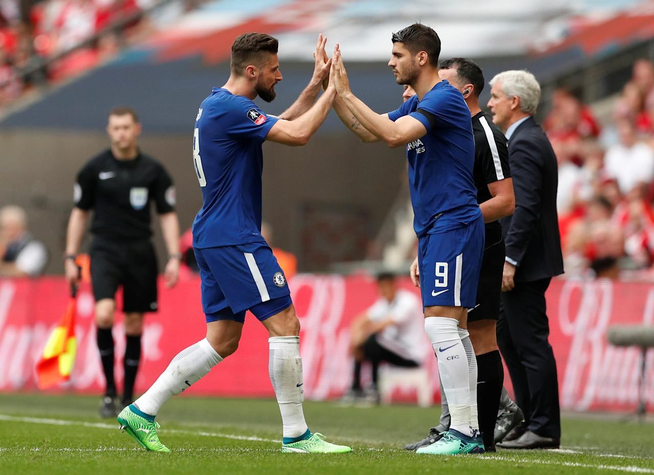 Soccer Football - FA Cup Semi Final - Chelsea v Southampton - Wembley Stadium, London, Britain - April 22, 2018   Chelsea's Alvaro Morata comes on as a substitute to replace Olivier Giroud    Action Images via Reuters/John Sibley