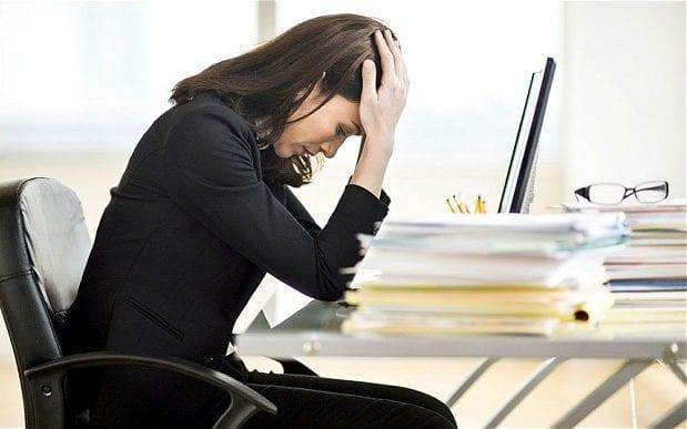 'Precarious scheduling' at work causing chaotic home life for 4.6 million Britons placing their health at risk, study suggests