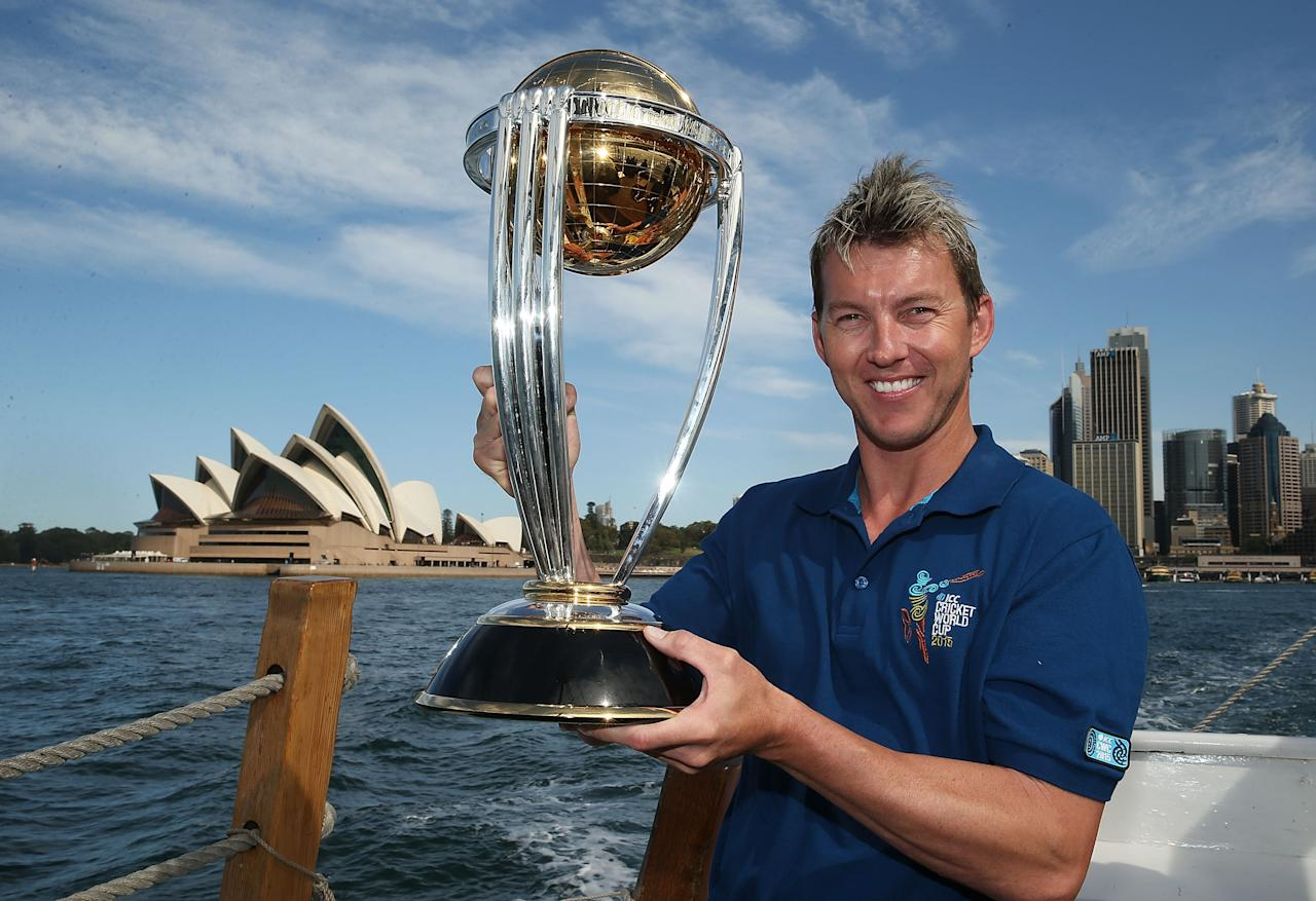 SYDNEY, AUSTRALIA - OCTOBER 02:  Brett Lee poses on Sydney Harbour with the ICC Cricket World Cup trophy during celebrations to mark 500 days to go until the 2015 ICC Cricket World Cup on October 2, 2013 in Sydney, Australia.  (Photo by Mark Metcalfe/Getty Images for the ICC)