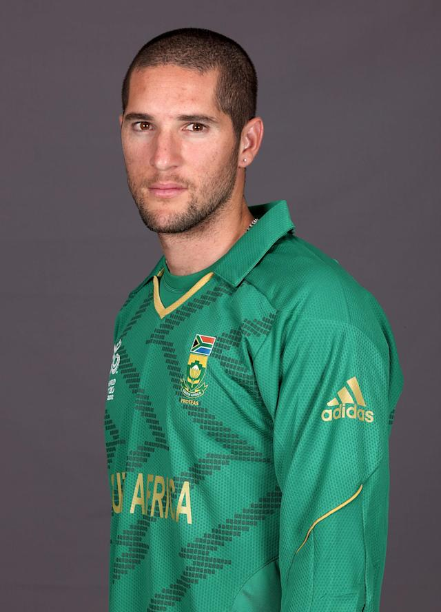 COLOMBO, SRI LANKA - SEPTEMBER 16: South African Wayne Parnell poses at a portrait session ahead of the ICC T20 World Cup on September 16, 2012 in Colombo, Sri Lanka. (Photo by Graham Crouch-ICC/ICC via Getty Images)
