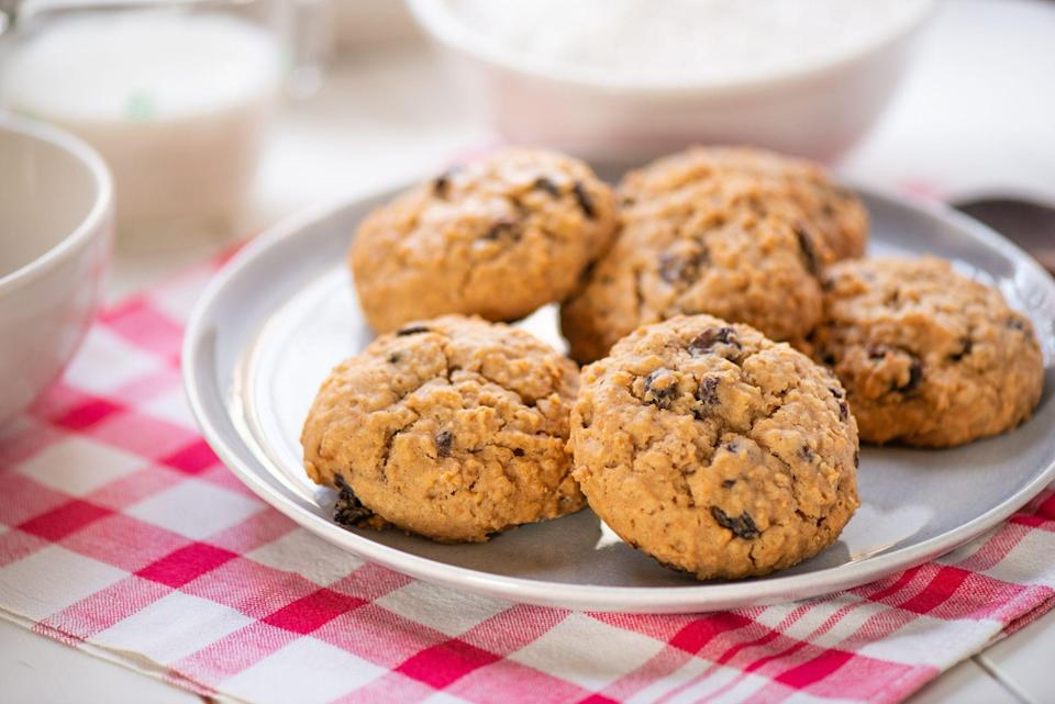 """<p>Who says cookies can't be healthy?! Sure, it might not be the first thing you think of when you hear the word—you're more likely to conjure up thoughts of green juice, <a href=""""https://www.thepioneerwoman.com/food-cooking/meals-menus/g32238072/spinach-salad-recipes/"""" rel=""""nofollow noopener"""" target=""""_blank"""" data-ylk=""""slk:spinach salads"""" class=""""link rapid-noclick-resp"""">spinach salads</a>, and fruit. But we're about to prove that cookies really can be a part of a balanced diet (when eaten in moderation). All of these healthy cookie recipes will satisfy your sweet tooth without derailing your journey. They're lighter than your typical <a href=""""https://www.thepioneerwoman.com/food-cooking/meals-menus/g34127696/christmas-cookie-recipes/"""" rel=""""nofollow noopener"""" target=""""_blank"""" data-ylk=""""slk:cookie recipes"""" class=""""link rapid-noclick-resp"""">cookie recipes</a> and many include healthy ingredients like oats, seeds, and whole grains. But don't worry, they still taste delicious (no cardboard cookies here!). </p><p>Whether you're on a specific diet (paleo, vegan, and keto cookies are all featured on this list) or you simply want to lessen the amount of sweets you consume, you can feel good about choosing one of these ideas. Hey, even Ree Drummond cuts back on sugar from time to time! Still, a lighter lifestyle doesn't necessarily mean you can't have your favorite desserts—and these healthy cookie recipes will show you just that. Whether it's for a snack or to finish off a <a href=""""https://www.thepioneerwoman.com/food-cooking/meals-menus/g35180879/healthy-dinner-ideas/"""" rel=""""nofollow noopener"""" target=""""_blank"""" data-ylk=""""slk:healthy dinner"""" class=""""link rapid-noclick-resp"""">healthy dinner</a>, you won't regret trying them out.</p>"""