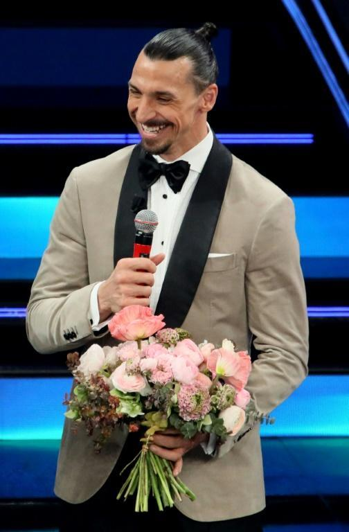 Ibrahimovic hitched a ride to Sanremo to sing with Mihajlovic