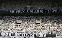 Gladbach fans pledge their support for the team but voice their disdain for games behind closed doors