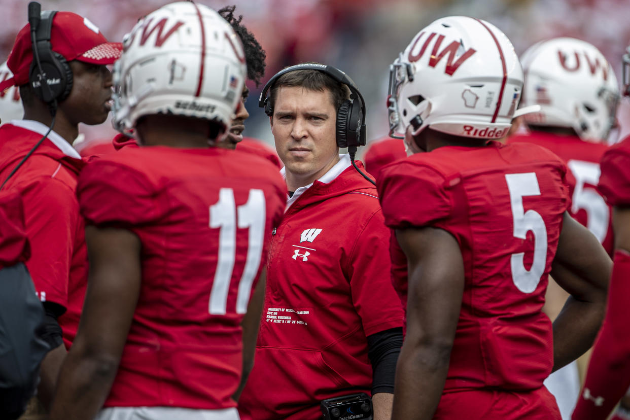 MADISON, WI - SEPTEMBER 28: Wisconsin Badgers Defensive Coordinator/DBs coach Jim Leonhard talks with the defense durning a break in action durning a college football game between the Northwestern Wildcats and the Wisconsin Badgers on September 28, 2019, at Camp Randall Stadium in Madison, WI. (Photo by Dan Sanger/Icon Sportswire via Getty Images)
