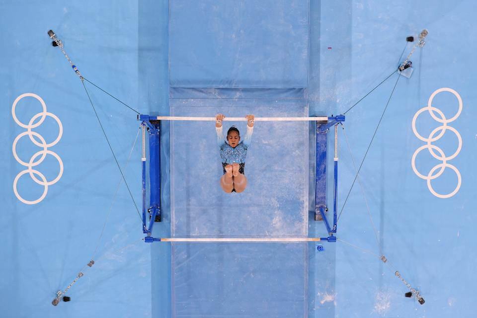<p>Abigail Magistrati of Team Argentina competes on uneven bars during Women's Qualification on day two of the Tokyo 2020 Olympic Games at Ariake Gymnastics Centre on July 25, 2021 in Tokyo, Japan. (Photo by Jamie Squire/Getty Images)</p>