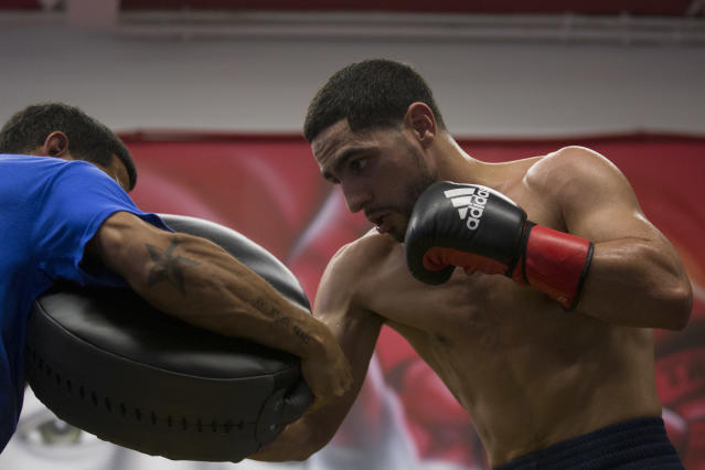 Danny Garcia trains in the ring during his media workout at DSG Boxing Gym on Aug. 29, 2018 in Philadelphia, Pennsylvania. (Getty Images)