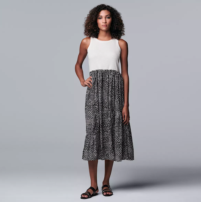 """<h2>Simply Vera Vera Wang Mixed-Media Maxi Dress</h2><br><strong><em>The Under-$50 Option</em></strong><br><br>A maxi dress without a maxi price tag is always a win. At $41, this comfortable pick is a no-brainer for shoppers looking to elevate their fall wardrobes without making a dent in their wallets. <br><br><strong>The Hype: </strong>4.9 out of 5 stars; 10 reviews on Kohls.com<br><br><strong>What They're Saying</strong>: """"you NEED this dress !!!! I'm a kindergarten teacher and the amount of compliments I've gotten over this dress is amazing! It's so cute and flattering and comfy!"""" — Brianna, Kohls reviewer<br><br><em>Shop</em> <strong><em><a href=""""https://www.kohls.com/product/prd-4946488/womens-simply-vera-vera-wang-mixed-media-maxi-dress.jsp"""" rel=""""nofollow noopener"""" target=""""_blank"""" data-ylk=""""slk:Kohls"""" class=""""link rapid-noclick-resp"""">Kohls</a></em></strong><br><br><strong>Simply Vera Vera Wang</strong> Mixed-Media Maxi Dress, $, available at <a href=""""https://go.skimresources.com/?id=30283X879131&url=https%3A%2F%2Fwww.kohls.com%2Fproduct%2Fprd-4946488%2Fwomens-simply-vera-vera-wang-mixed-media-maxi-dress.jsp%3FprdPV%3D12"""" rel=""""nofollow noopener"""" target=""""_blank"""" data-ylk=""""slk:Kohl's"""" class=""""link rapid-noclick-resp"""">Kohl's</a>"""