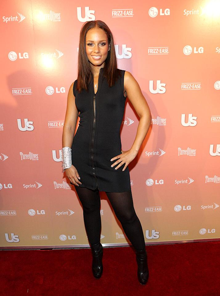 """Fresh from her rousing performance alongside Jay-Z at last weekend's VMAs, Alicia Keys struck a pose upon arriving at Us Weekly's """"25 Most Stylish New Yorkers"""" soiree. Bennett Raglin/<a href=""""http://www.wireimage.com"""" target=""""new"""">WireImage.com</a> - September 16, 2009"""