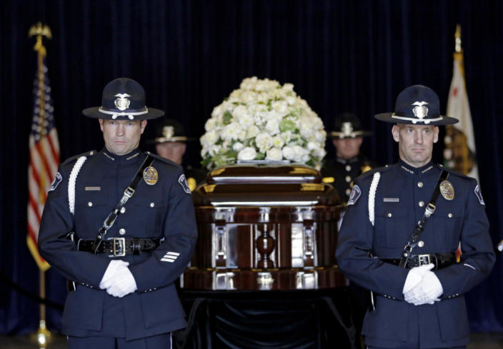 <p>Honor guards stand near the casket of Nancy Reagan at the Ronald Reagan Presidential Library on Thursday, March 10, 2016. <i> (Photo: Jae C. Hong/ Pool/AP)</i></p>