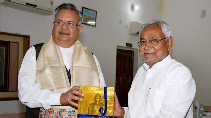 Chhattisgarh Will Impose Total Ban on Liquor Soon: CM Raman Singh