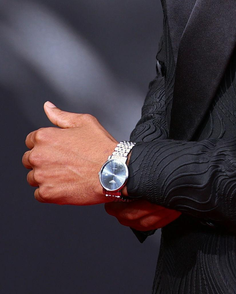 Regé-Jean Page wears a Longines watch. (PHOTO: Getty Images)