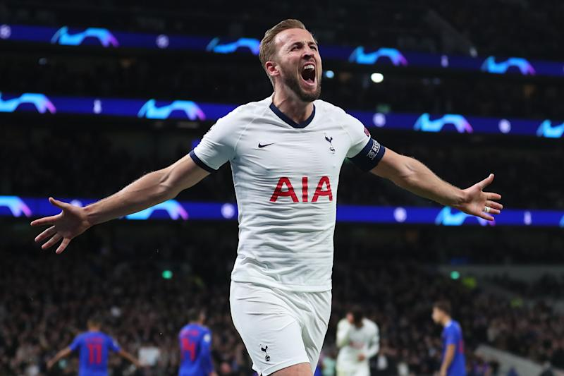 LONDON, ENGLAND - NOVEMBER 26: Harry Kane of Tottenham Hotspur celebrates after scoring his team's fourth goal during the UEFA Champions League group B match between Tottenham Hotspur and Olympiacos FC at Tottenham Hotspur Stadium on November 26, 2019 in London, United Kingdom. (Photo by Catherine Ivill/Getty Images)