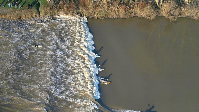 Severn Bore, Inggris. (jamiecooperphotography.co.uk)