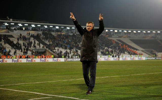 Soccer Football - Europa League Round of 32 First Leg - Partizan Belgrade vs Viktoria Plzen - Partizan Stadium, Belgrade, Serbia - February 15, 2018 Partizan Belgrade coach Miroslav Djukic salutes the fans after the match REUTERS/Marko Djurica