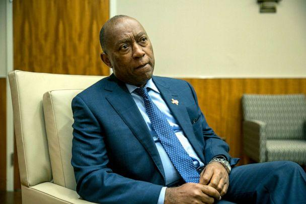 PHOTO: Houston Mayor Sylvester Turner at Houston City Hall in Texas, Nov. 1, 2017. (Ilana Panich-Linsman for The Washington Post via Getty Images)