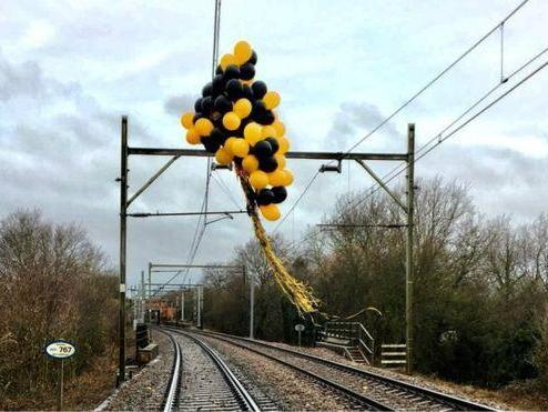 Helium balloons 'cause increasing number of train delays at cost of £1m'