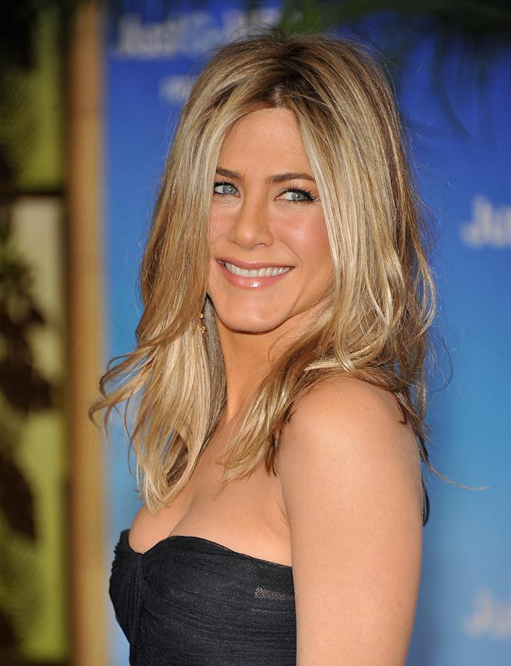 """<a href=""""http://movies.yahoo.com/movie/contributor/1800021397"""">Jennifer Aniston</a> attends the Los Angeles premiere of <a href=""""http://movies.yahoo.com/movie/1810150358/info"""">Just Go With It</a> on February 8, 2011."""