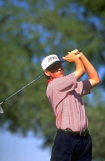 Shortly after winning the 1993 U.S. Open, Janzen left Founders Club to sign a two-year, $1 million contract with the Ben Hogan Co. The contract required Janzen to play Hogan's H40 irons -- a perimeter weighted cast club that was targeted to average amateurs. Much like Stewart, Janzen immediately lost his game, finishing outside the top 20 in his first 11 tournaments, including four missed cuts. After convincing the Hogan company to let him play the Apex forged blades, he won at Westchester. In 1995, Janzen switched again, to Nicklaus forged blades, and won a career-high three times. He was with TaylorMade when he won the 1998 U.S. Open.