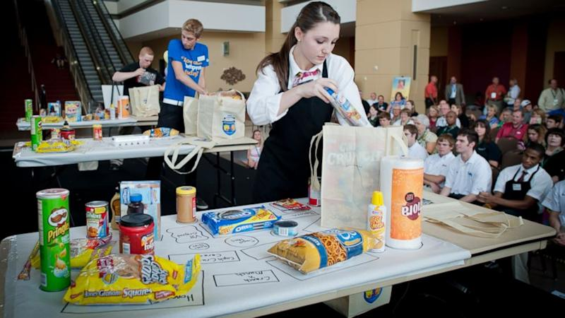 Champion Grocery Baggers Headed to Las Vegas for Finals
