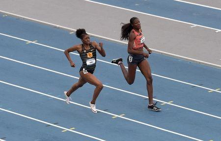 Jun 22, 2018; Des Moines, IA, USA; Shakima Wimbley (right) and Kendall Ellis of Southern California place first and second in women's 400m semifinal in 50.57 and 50.80 during the USA Championships at Drake Stadium. Mandatory Credit: Kirby Lee-USA TODAY Sports