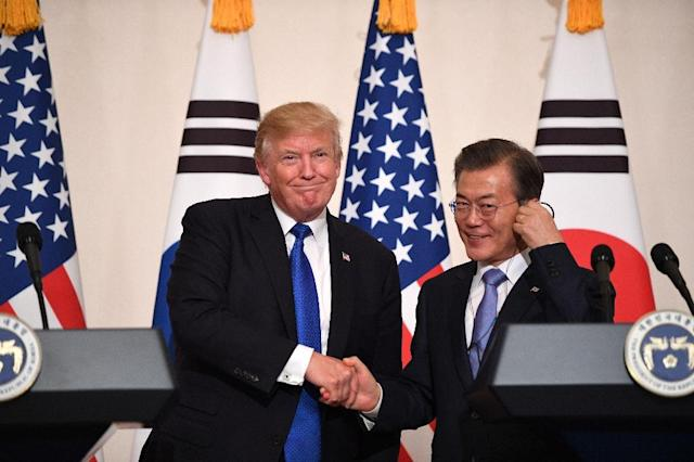 A meeting between US President Donald Trump, left, and his South Korean counterpart Moon Jae-In could decide whether the US president's much-vaunted summit with the North's leader Kim Jong Un goes ahead (AFP Photo/Jim WATSON)