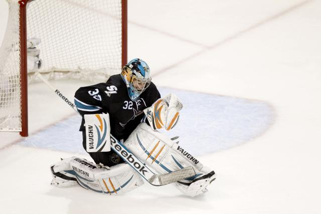 Alex Stalock starts, Marc-Edouard Vlasic out with injury for Sharks in Game 6