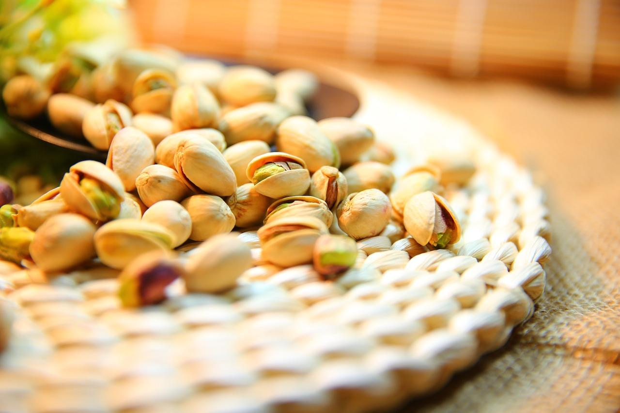 <p>This nut that you can shell yourself or enjoy unshelled, is rich in vitamin B6 and potassium. Every 100g of nuts contains: Calories – 557 kcal, Protein – 21g, Fibre – 10g (Photo: Pixabay) </p>