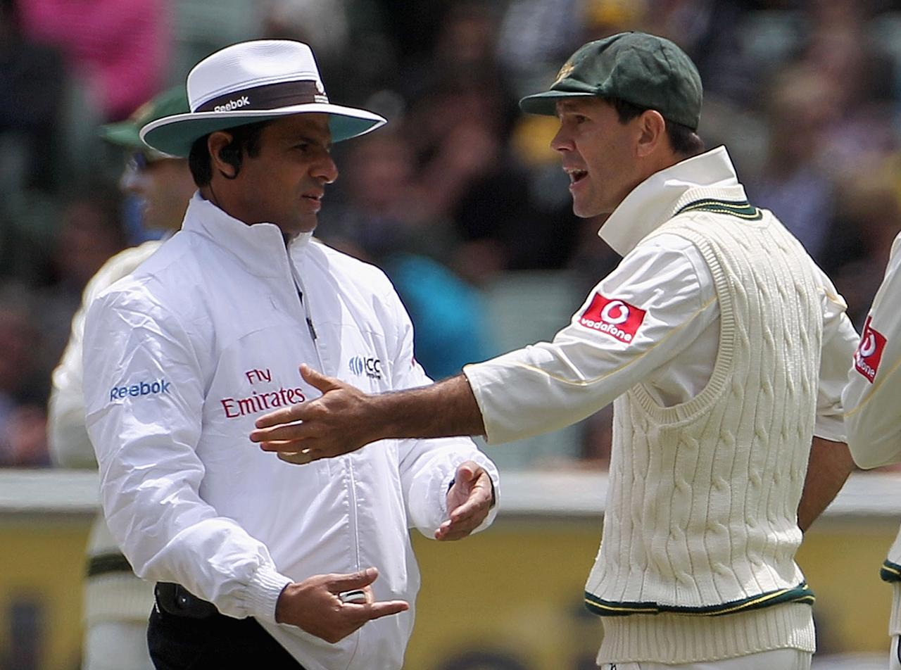 MELBOURNE, AUSTRALIA - DECEMBER 27:  Ricky Ponting of Australia argues with umpire Aleem Dar after a referral against Kevin Pietersen of England was ruled not out during day two of the Fourth Test match between Australia and England at the Melbourne Cricket Ground on December 27, 2010 in Melbourne, Australia.  (Photo by Hamish Blair/Getty Images)