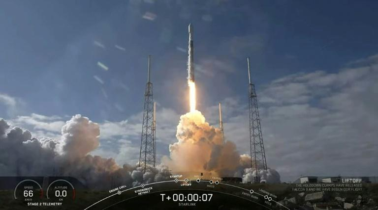This video still image provided by SpaceX shows a SpaceX Falcon 9 rocket as it lifts off to launch 60 new Starlink satellites into orbit from Cape Canaveral Air Force Station, Florida on February 17, 2020 (AFP Photo/Handout)